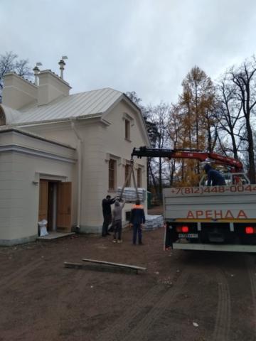 Манипулятор для реставрационных работ - кухонный корпус парка Александрия