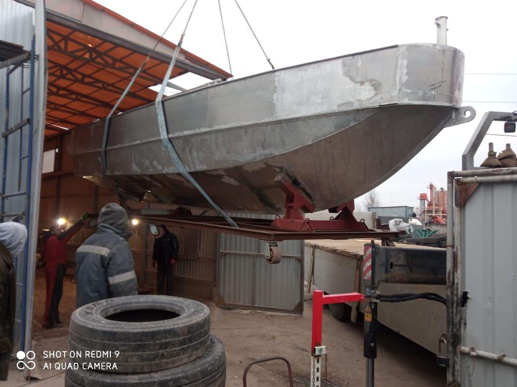 Заказать манипулятор для перевозки катера, лодки, яхты