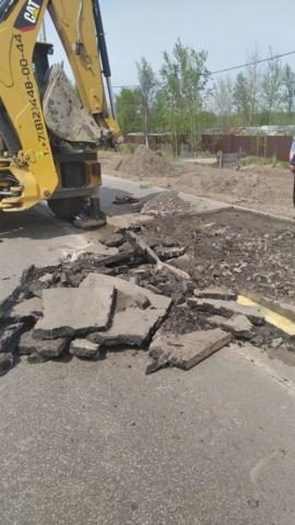 Мы предоставляем дорожно -строительная технику для следующих работ: асфальтирование дорог, капитальный ремонт дорожного покрытия, мощение тротуарной плитки, установка дорожного бортового (бордюрного камня), укладка ж/б дорожных плит.